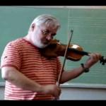 Colégio Mãe de Deus - Aula de Violino